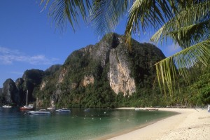 Phi Phi Islands Tour by Speed Boat